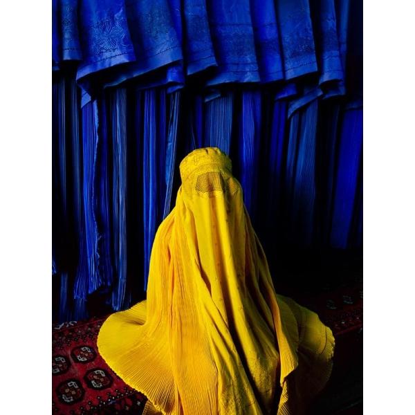 N40 - 100 photos de Steve McCurry pour la liberté de la presse